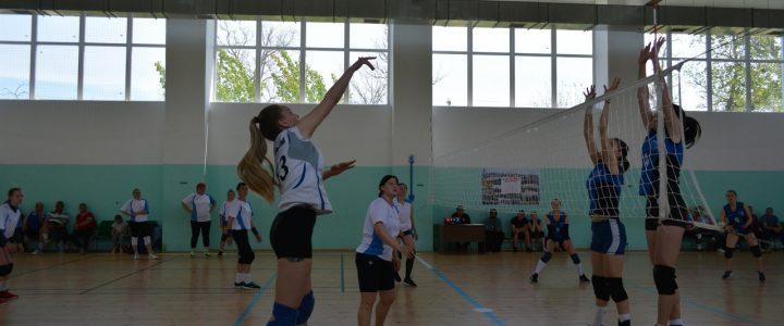 Турнир по волейболу среди женщин посвящённый ДНЮ ПОБЕДЫ
